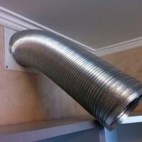 Монтаж вентиляционного канала от вытяжки (алюминиевая гофра)