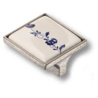 15.326.32.PO01.16 Ручка кнопка керамика с металлом, синий цветочный орнамент античное серебро 32 мм